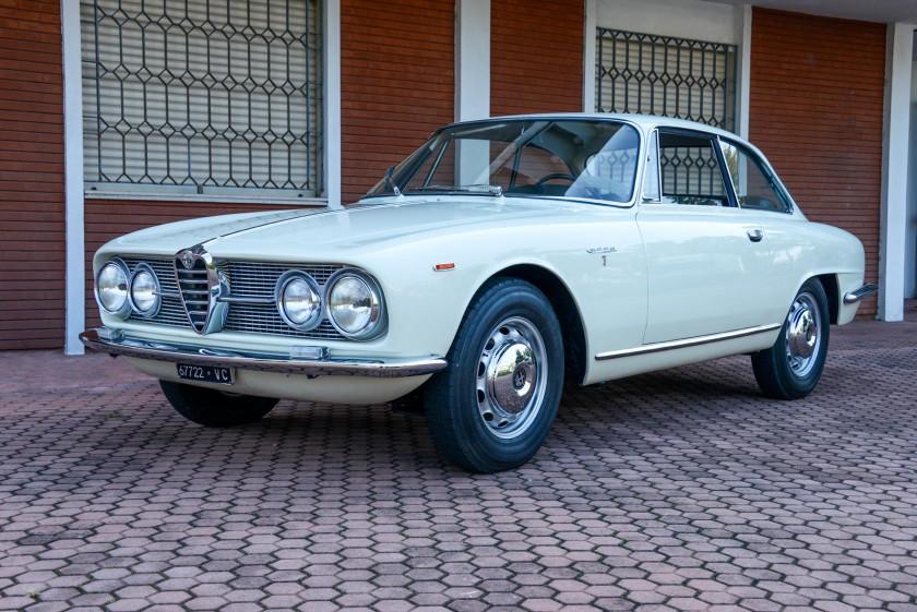 Automobiles sur les champs 11 vente n 3243 lot n 59 - Alfa romeo coupe bertone 2000 a vendre ...