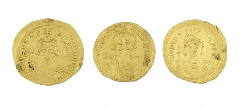 MAURICE TIBERE. (582-602) Solidus. Constantinople. (M. 13, pl. XXIX). PHOCAS (602-610). Solidus. Constantinople. (M. 16, pl. XXXV va...