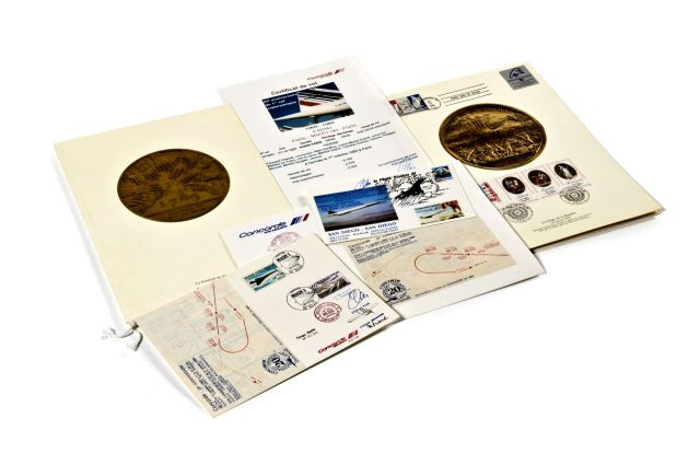 CONCORDE Souvenirs commémoratifs du premier vol du 1er octobre 1969 et...