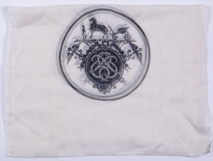 3340971da4f8 HERMES Paris made in france Echarpe en mousseline de soie imprimée