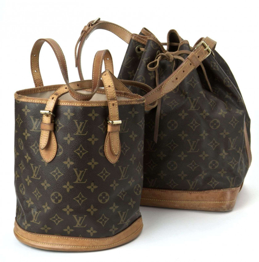 2f3f7a575926 Chanel-Vuitton
