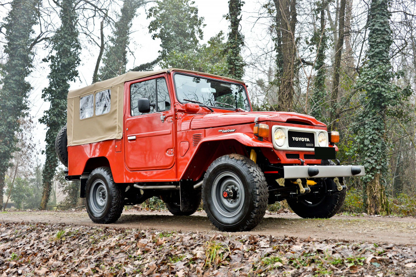 1984 Toyota Land Cruiser BJ 46 pick-up 8 places  No reserve