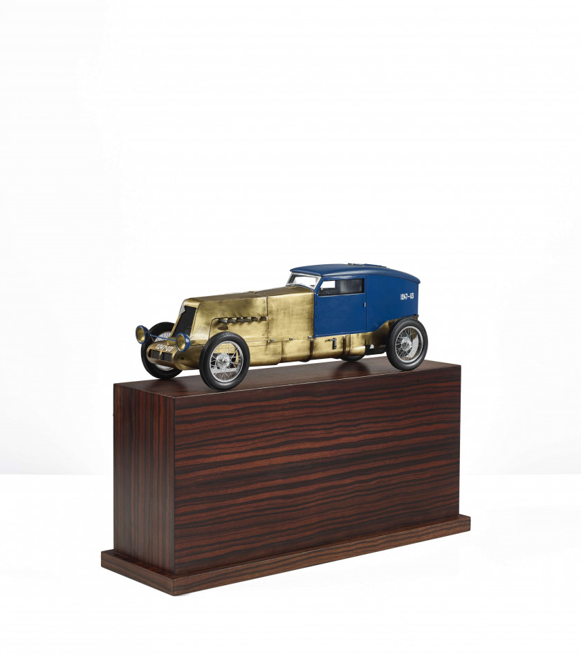 RENAULT 40CV DES RECORDS - 1926 Maquette, fabrication moderne