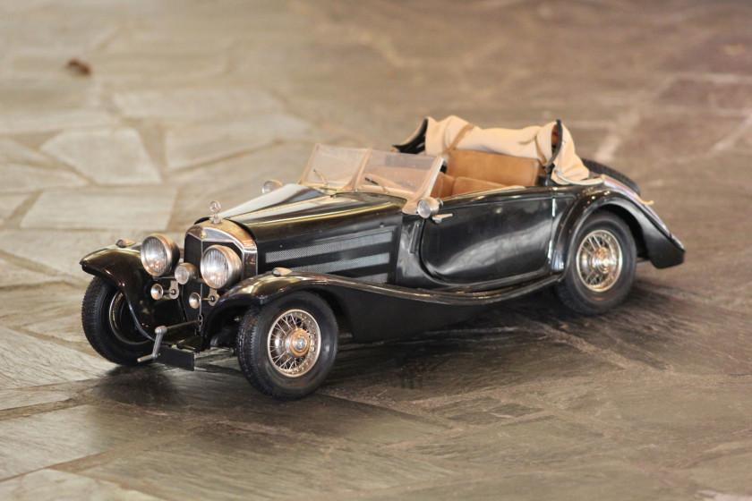 MERCEDES-BENZ 500 K-AK CABRIOLET 1935 No reserve Maquette à l'échelle...