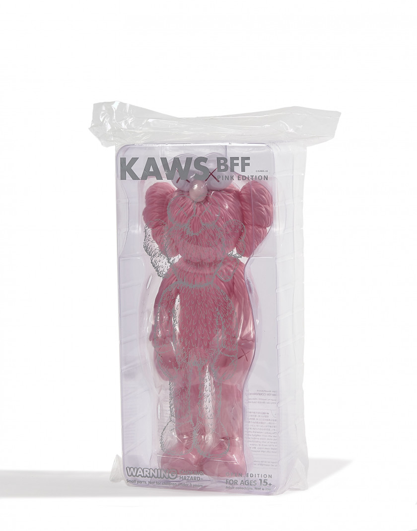 KAWS (Américain - Né en 1974) BFF Companion Open Edition (Set of 3 / black, pink and blue MoMA) - 2017 Vinyle peint